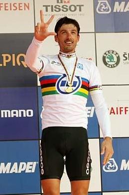 Cancellara. 2009ko Munduko Txapelketako erlojuaren kontra urrezko domina