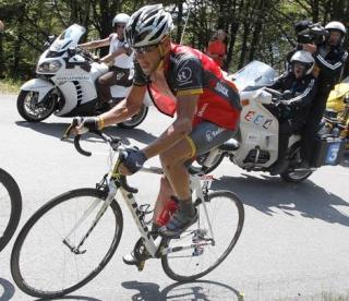 Armstrong Tourreko etapan ihesaldian sartuta