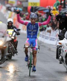 Spilak, Romandian etapa irabazi zuen egunean